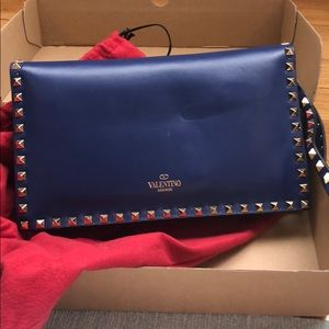 Authentic Valentino Rockstud Clutch/wristlet